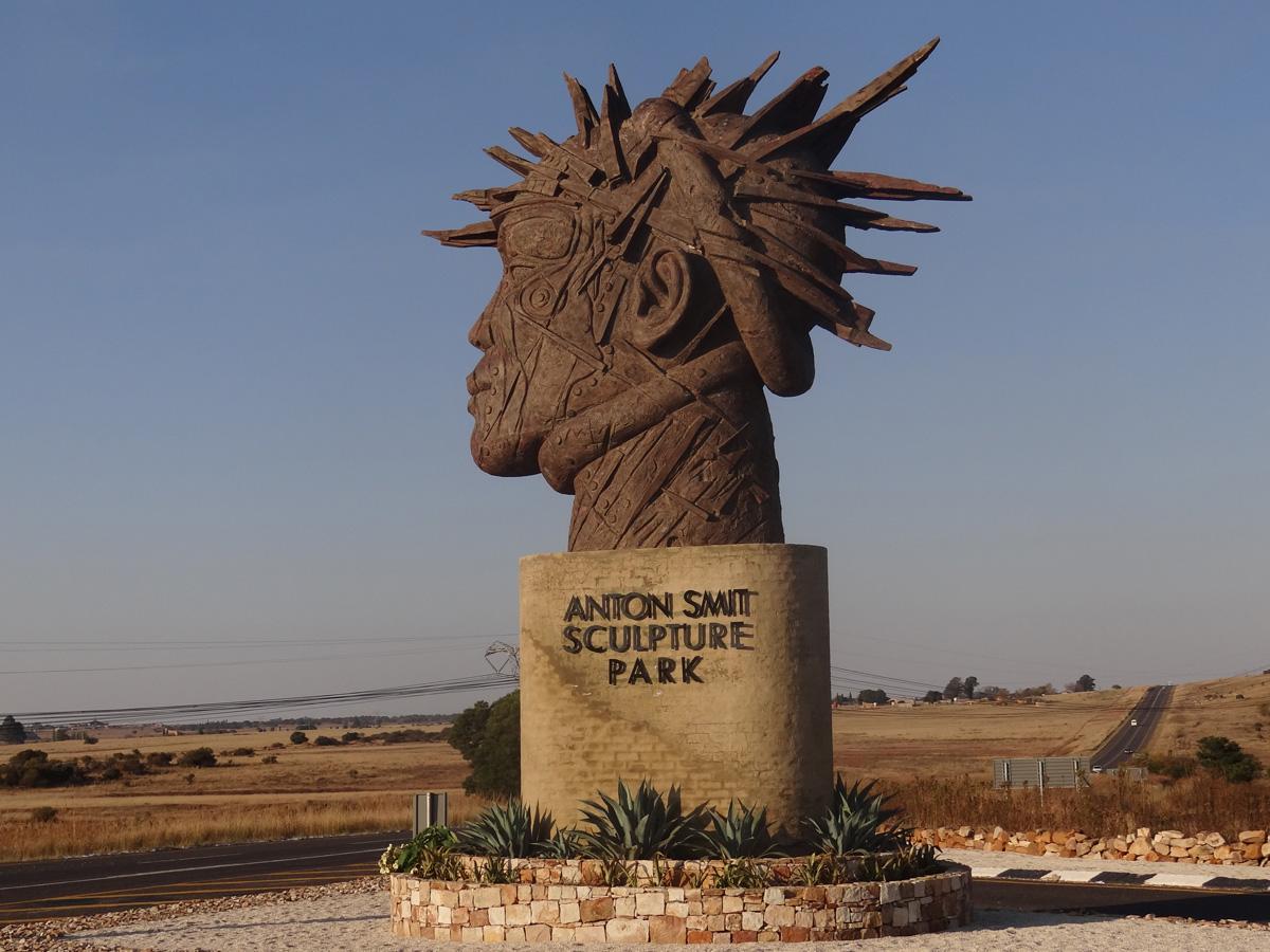 Aqua Vista Mountain Estate - Anton Smit Sculpture Park